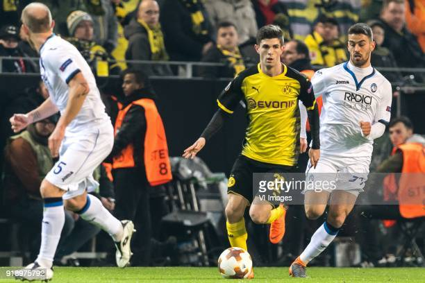 Andrea Masiello of Atalanta Bergamo Christian Pulisic of Borussia Dortmund Leonardo Spinazzola of Atalanta Bergamo during the UEFA Europa League...