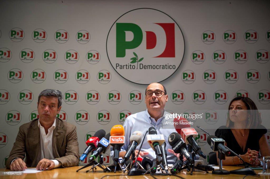 Quirinale Consultations Continue On The Government Crisis In Italy : Foto di attualità