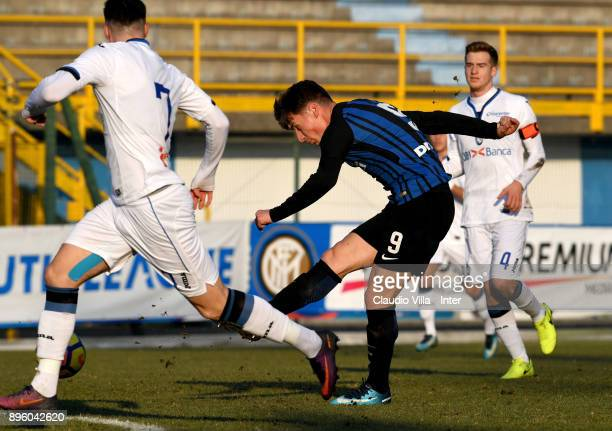 Andrea Pinamonti of FC Internazionale in action during the Primavera TIM Cup match between FC Internazionale U19 and Atalanta BC U19 at Stadio Breda...