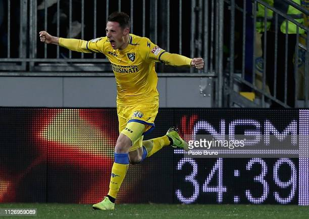 Andrea Pinamonti of Frosinone Calcio celebrates after scoring his team's second goal during the Serie A match between Frosinone Calcio and AS Roma at...
