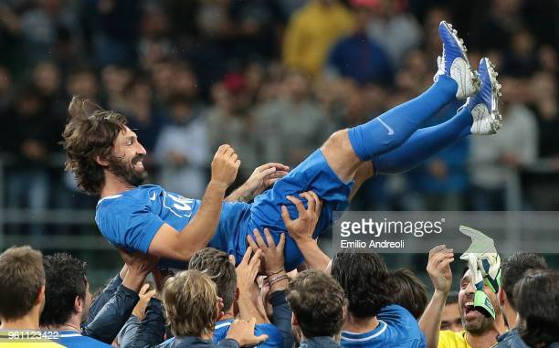 Andrea Pirlo celebrates with his teammates at the end of Andrea Pirlo Farewell Match at Stadio Giuseppe Meazza on May 21, 2018 in Milan, Italy.