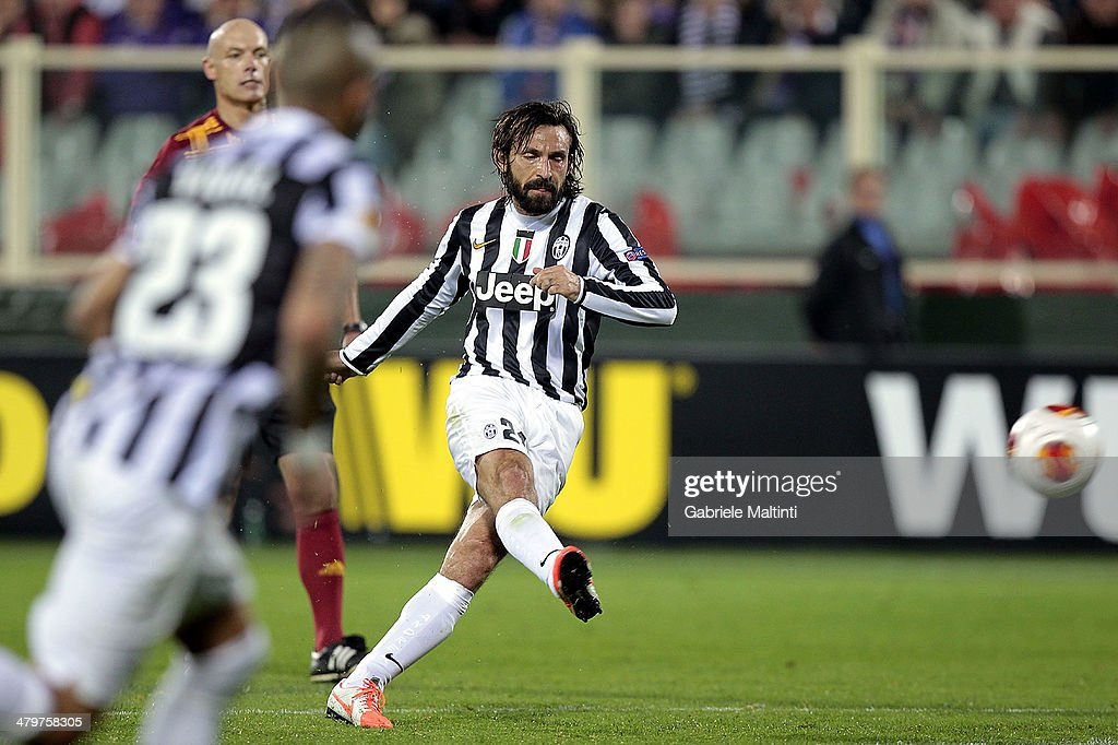 ACF Fiorentina v Juventus - UEFA Europa League Round of 16 : ニュース写真