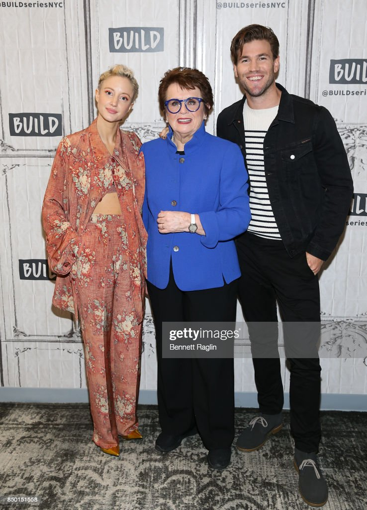 """Build Presents Jonathan Dayton, Valerie Faris, Austin Stowell and Andrea Riseborough Discussing """"Battle of the Sexes"""" : News Photo"""