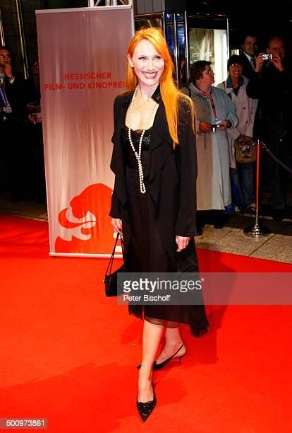 Andrea Sawatzki , Hessischer Filmpreis und Kinopreis 2006, Frankfurt am Main, Deutschland, , P.-Nr.: 1483/2006, Schmuck, Kette, Halskette, roter...