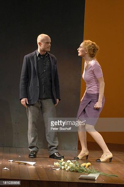 Andrea Sawatzki Lebensgefährte Christian Berkel Theaterstück Die Ziege oder wer ist Sylvia Berlin 2212004 RenaissanceTheater Bühne Auftritt streiten...