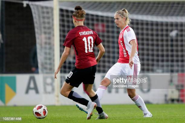 Andrea Staskova of Sparta Praha Women Kelly Zeeman of Ajax Women during the UEFA Champions League Women match between Ajax v Sparta Prague at the De...