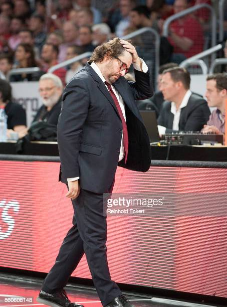 Andrea Trincheri Head Coach of Brose Bamberg in action during the 2017/2018 Turkish Airlines EuroLeague Regular Season Round 1 game between Brose...
