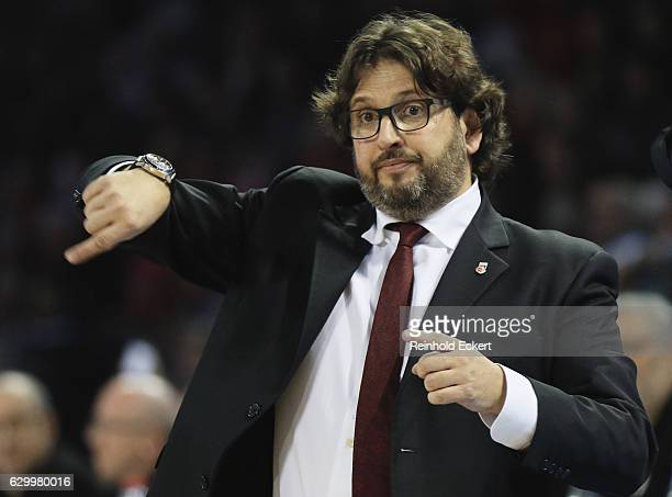 Andrea Trincheri Head Coach of Brose Bamberg reacts during the 2016/2017 Turkish Airlines EuroLeague Regular Season Round 12 game between Brose...