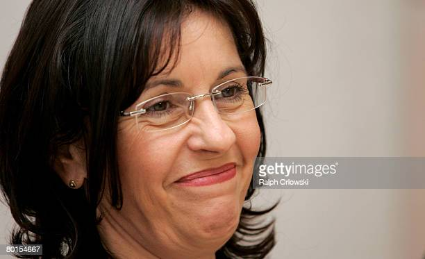 Andrea Ypsilanti chairwoman of the Social Democratic Party Hesse speaks during a news conference on March 7 2008 in Wiesbaden Germany Ypsilanti...