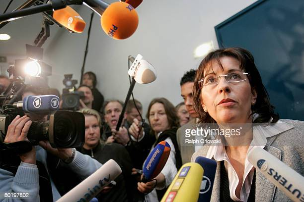 Andrea Ypsilanti Chairwoman of the Social Democratic Party Hesse speaks to the media after a fraction meeting of the Social Democratic Party Hesse at...