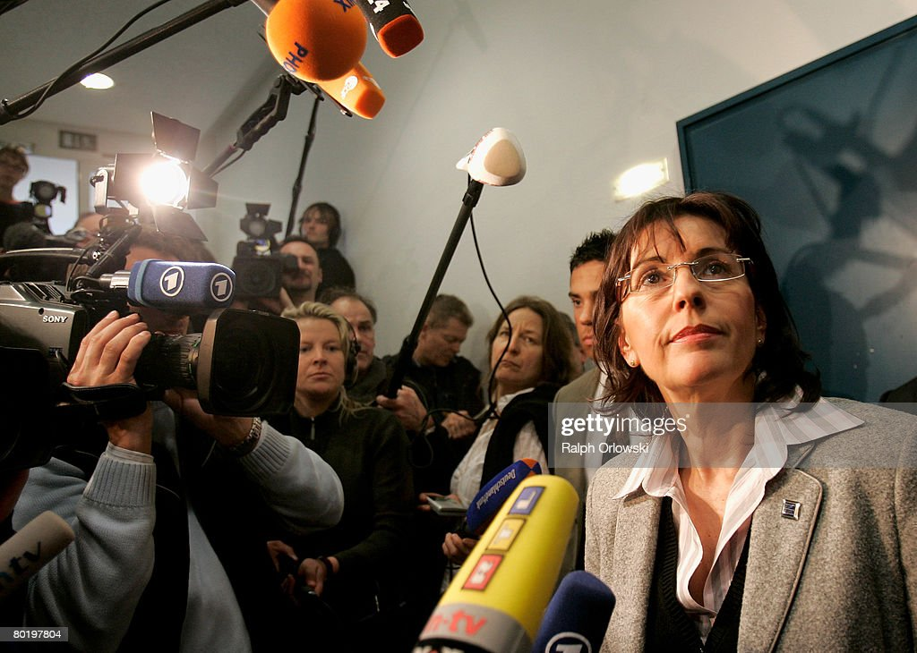 Andrea Ypsilanti (R), Chairwoman of the Social Democratic Party (SPD) Hesse speaks to the media after a fraction meeting of the Social Democratic Party (SPD) Hesse at the Landtag on March 11, 2008 in Wiesbaden, Germany. The SPD fraction dicussed their stragedy after Ypsilanti, withdrawed her candidacy for Governor after Dagmar Metzger, a member of the parliament had recently announced that she will not vote for local SPD party head Andrea Ypsilanti in Ypsilanti's bid to form a coalition with the left-wing Die Linke in Hesse.