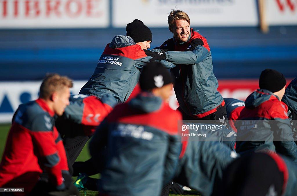 Andreas Bjelland and Simon Kajr in action during the Denmark training session at Gelsingor Stadion on November 8, 2016 in Helsingor, Denmark.
