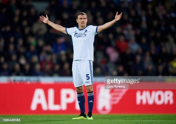 Andreas Bjelland of FC Copenhagen shows frustration during the Danish Superliga match between FC Midtjylland and FC Copenhagen at MCH Arena on...