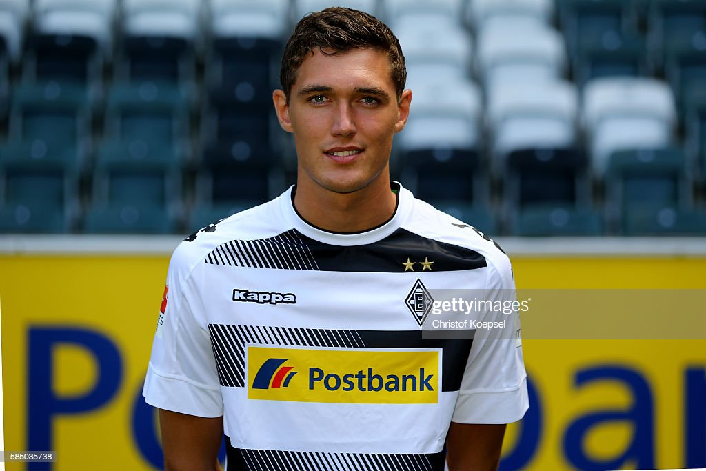 Borussia Moenchengladbach  - Team Presentation : News Photo