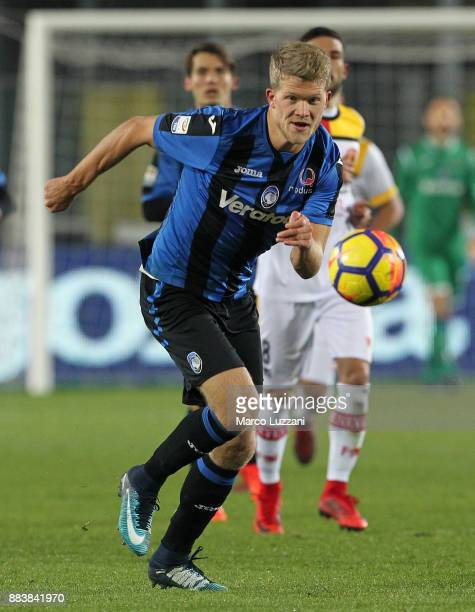 Andreas Cornelius of Atalanta BC in action during the Serie A match between Atalanta BC and Benevento Calcio at Stadio Atleti Azzurri d'Italia on...