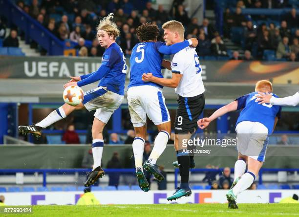 Andreas Cornelius of Atalanta scores his sides fifth goal during the UEFA Europa League group E match between Everton FC and Atalanta at Goodison...