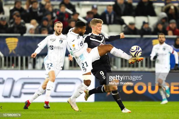 Andreas Cornelius of Bordeaux and Denys Bain of Le Havre during the French League Cup match between Bordeaux and Le Havre at Stade Matmut Atlantique...