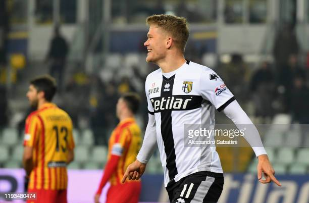 Andreas Cornelius of Parma Calcio elebrates after scoring his team second goal during the Serie A match between Parma Calcio and US Lecce at Stadio...