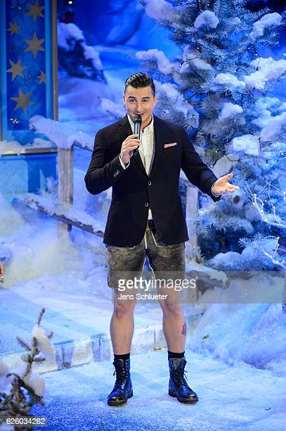 Andreas Gabalier is seen on stage during the tv show 'Das Adventsfest der 100000 Lichter' on November 26 2016 in Suhl Germany