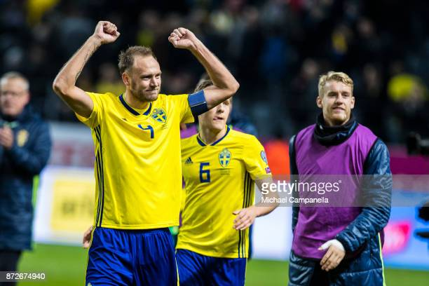 Andreas Granqvist thanks supporters during the FIFA 2018 World Cup Qualifier PlayOff First Leg between Sweden and Italy at Friends arena on November...