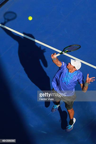 Andreas HaiderMaurer of Austria returns a shot against Alexandr Dolgopolov of Ukraine during a men's singles match as part of Telcel Mexican Open...