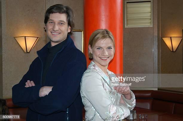 Andreas Kiendl Kristina Sprenger ZDFReihe Soko Kitzbühel München Deutschland PNr 1714/2006 Hotel Seehaus Schauspieler Schauspielerin Promi OH Foto...
