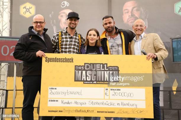 Andreas Kuhrt , JP Kraemer, Jeannine Michaelsen, Tim Wiese and Peer Gent attend the 'Duell der Maschinen' at Gut Schiff on May 10, 2017 in Bergisch...