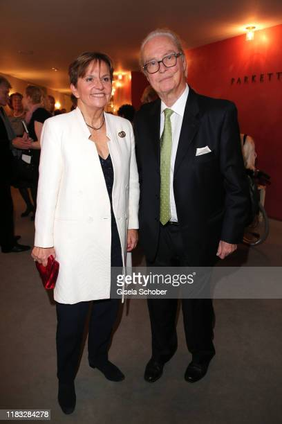 Andreas Langenscheidt Publisher and his wife Ulrike Uli Langenscheidt at the opera premiere of Die tote Stadt by Erich Wolfgang Korngold at...
