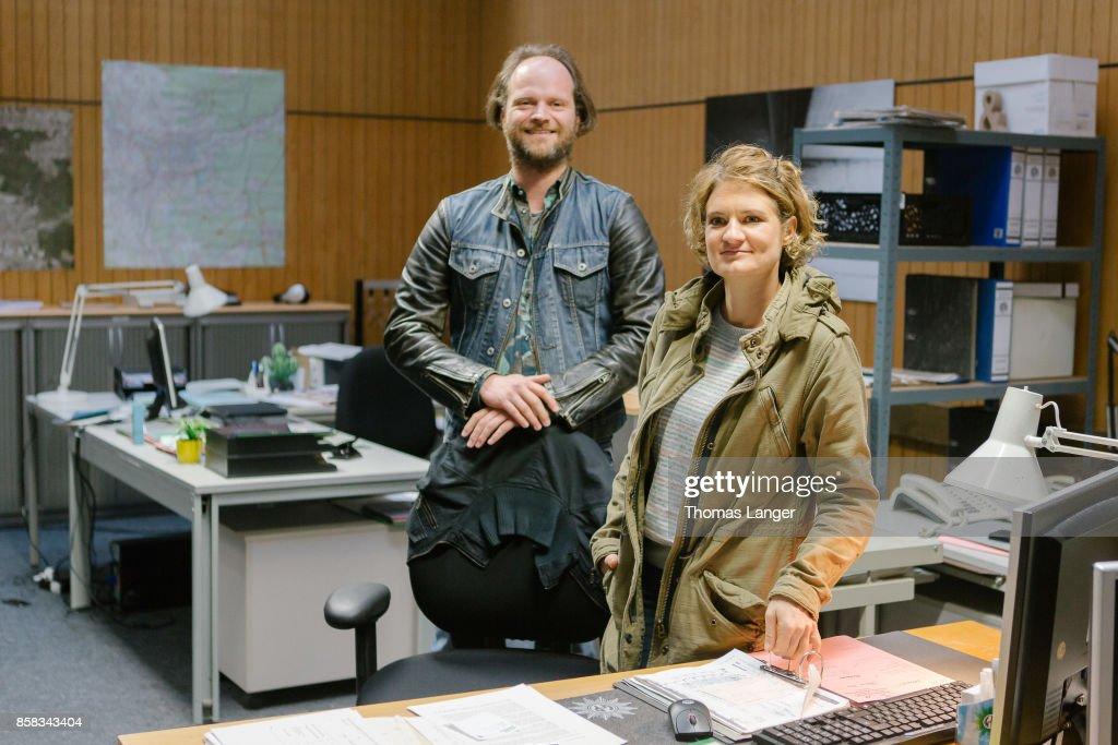 Andreas Leopold Schadt and Elli Wasserscheid pose during the 'Tatort - 'Ich toete niemand' on set photocall at Quellegebaeude on October 6, 2017 in Nuremberg, Germany.