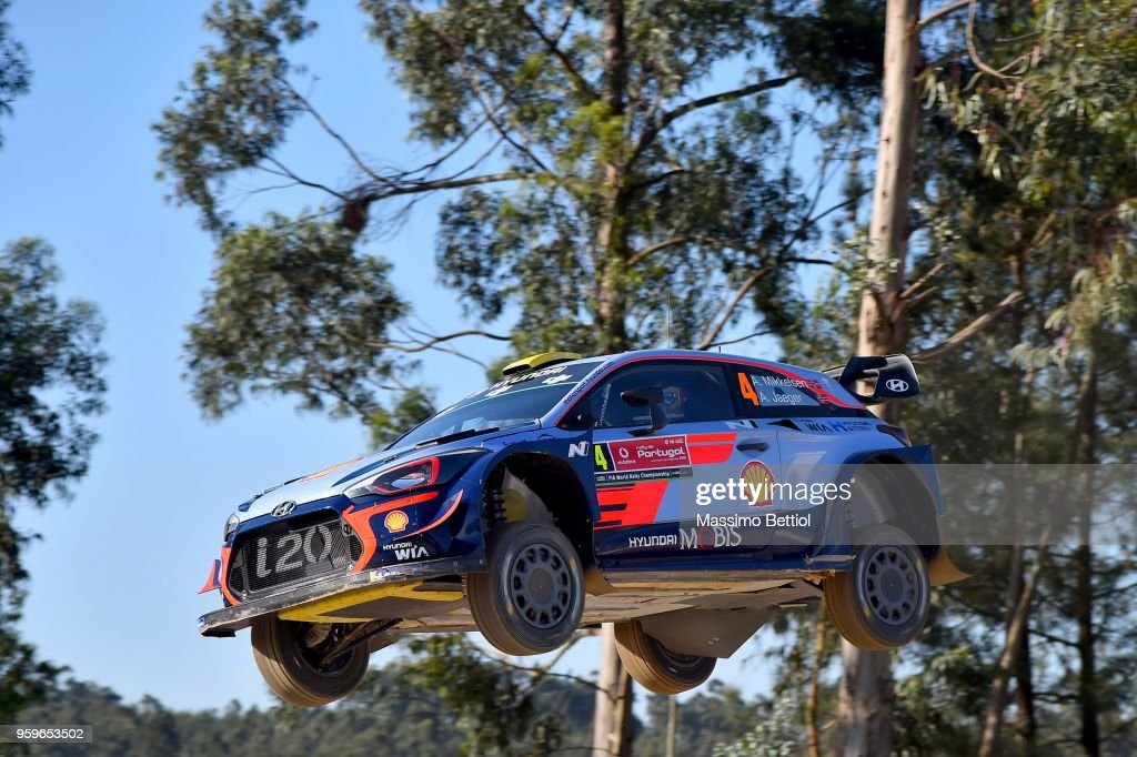 Andreas Mikkelsen of Norway and Anders Jaeger of Norway compete in their Hyundai Shell Mobis WRT Hyundai i20 Coupe WRC during Day One of the WRC Portugal on May 17, 2018 in Faro, Portugal.