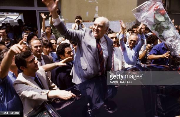 Andreas Papandreou lors de la campagne pour les élections législatives le 2 juin 1985 Grèce