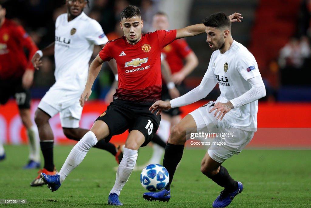 Valencia v Manchester United - UEFA Champions League : News Photo