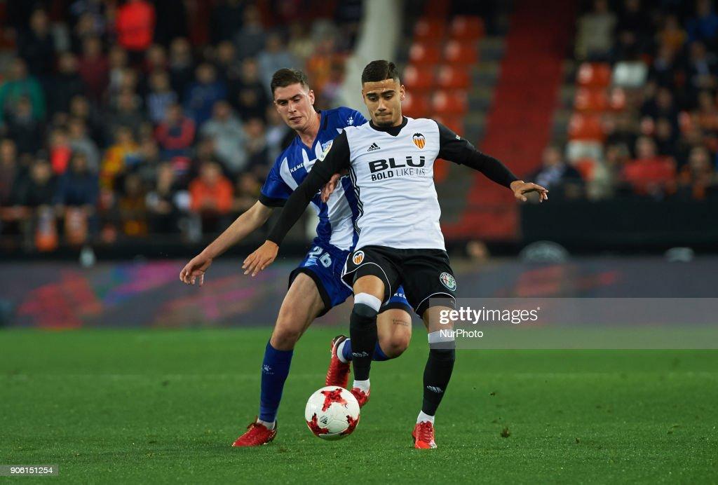 Valencia CF v Deportivo Alaves - Spanish Copa del Rey : News Photo