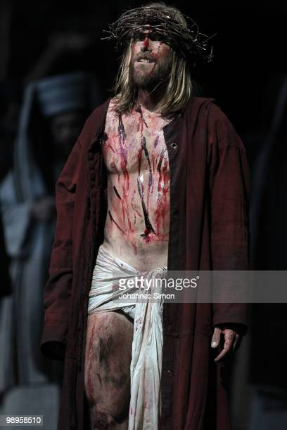 Andreas Richter as Jesus Christ performs on stage during the Oberammergau passionplay 2010 final dress rehearsal on May 10, 2010 in Oberammergau,...
