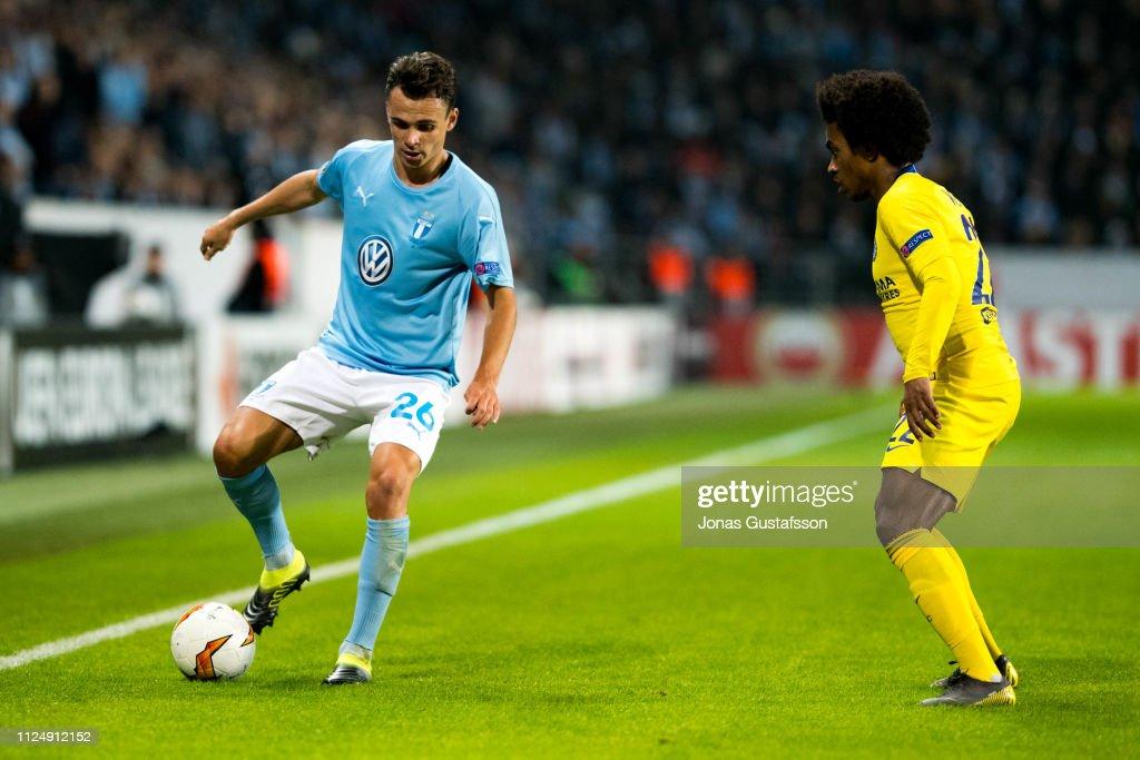 Malmo FF v Chelsea - UEFA Europa League Round of 32: First Leg : News Photo