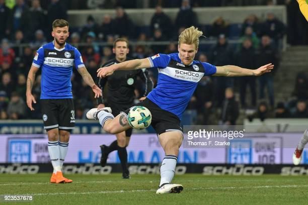 Andreas Voglsammer of Bielefeld kicks the ball during the Second Bundesliga match between DSC Arminia Bielefeld and SG Dynamo Dresden at Schueco...