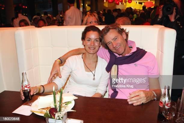 Andreas Wrede Und Ehefrau Marlies Bei Der 'Atp Player'S Night' Im Copper House In Hamburg Am 140508