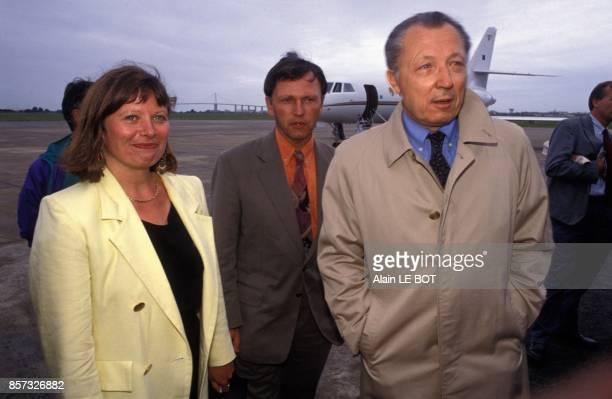 Andree Buchmann Antoine Waechter et Jacques Delors arrivent a SaintNazaire pour participer a l'universite d'ete des Verts le 28 aout 1992 a...