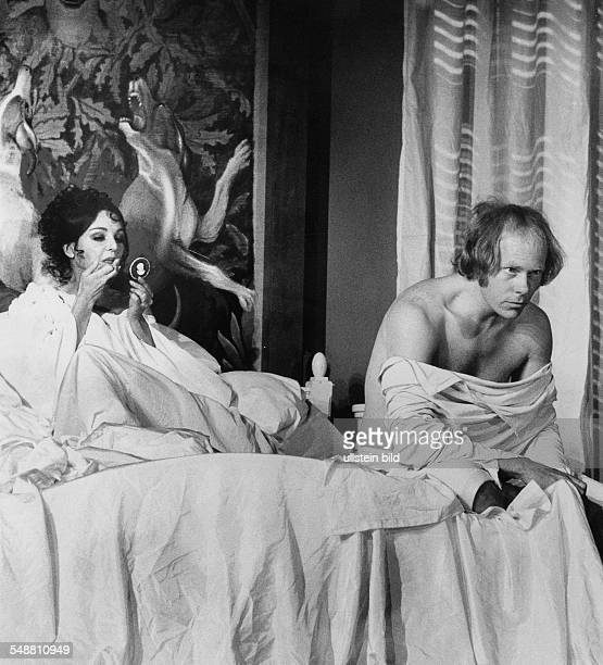 Andree Ingrid Actress Germany * nee Ingrid Tilly Unverhau as 'Die Graefin von Rathenow' in the samenamed play by Hartmut Lange together with actor...