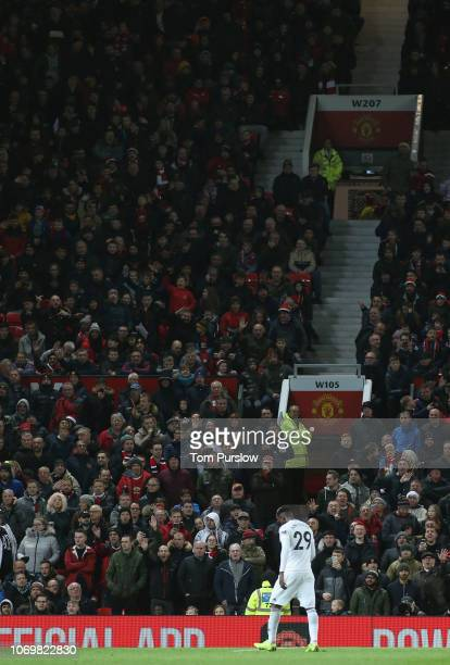 AndreFrank Zambo Anguissa of Fulham is sent off during the Premier League match between Manchester United and Fulham FC at Old Trafford on December 8...