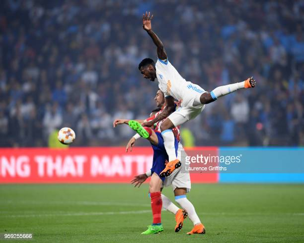 AndreFrank Zambo Anguissa of Marseille challenges Gabi of Atletico Madrid during the UEFA Europa League Final between Olympique de Marseille and Club...