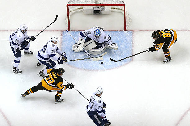 Tampa Bay Lightning v Pittsburgh Penguins - Game One