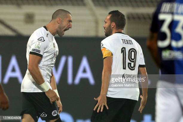 Andrej Galabinov of ASC Spezia celebrates after scoring a goal during the Serie B Playoffs match between ASC Spezia and Chievo Verona at Stadio...