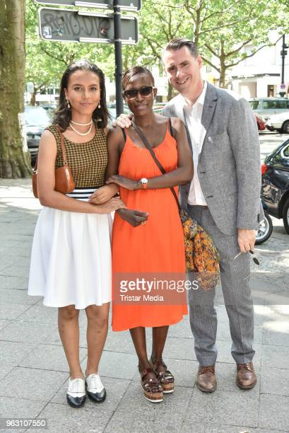 Andrej Hermlin with his wife Joyce Hermlin and his daughter during the 'DANKE' Farewell Party at Theater am Kurfuerstendamm on May 26 2018 in Berlin...