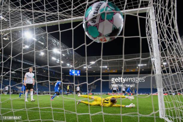 Andrej Kramaric of TSG 1899 Hoffenheim scores their sides third goal past Tobias Sippel of Borussia Moenchengladbach during the Bundesliga match...