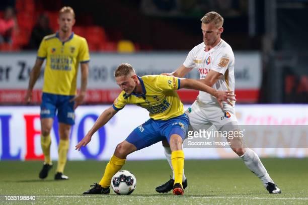 Andrejs Ciganiks of SC Cambuur Toine van Huizen of Telstar during the Dutch Keuken Kampioen Divisie match between SC Cambuur v Telstar at the Cambuur...