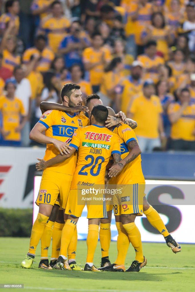 Tigres UANL v Toluca - Torneo Apertura 2017 Liga MX