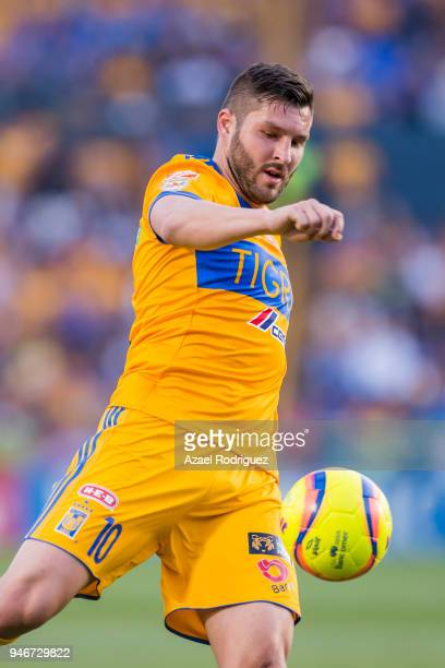 AndrePierre Gignac of Tigres controls the ball during the 15th round match between Tigres UANL and Cruz Azul as part of the Torneo Clausura 2018 Liga...