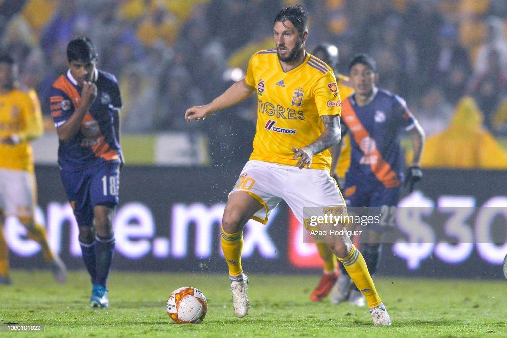 Tigres UANL v Puebla - Torneo Apertura 2018 Liga MX : News Photo