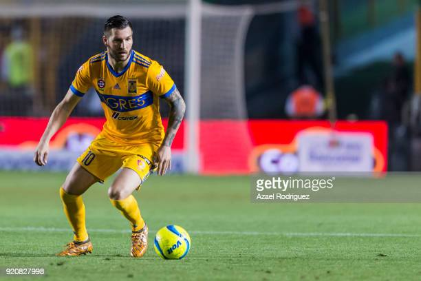 AndrePierre Gignac of Tigres drives the ball during the 8th round match between Tigres UANL and Atlas as part of the Torneo Clausura 2018 Liga MX at...